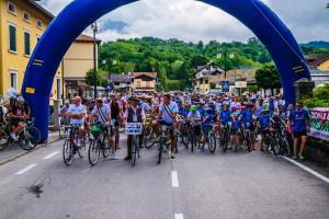 giro del lago 2015 - partenza ciclisti