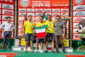 Alpago Bbike Funtastic 2019 - una maglia tricolore anche per lo staff organizzativo FOTO ALESSANDRO BILLIANI