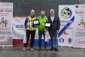 ski college veneto falcade 16.11.2019 - da sx gli allenatori moritz micheluzzi e maurizio rudatis con il pres. ski college luca marchetto